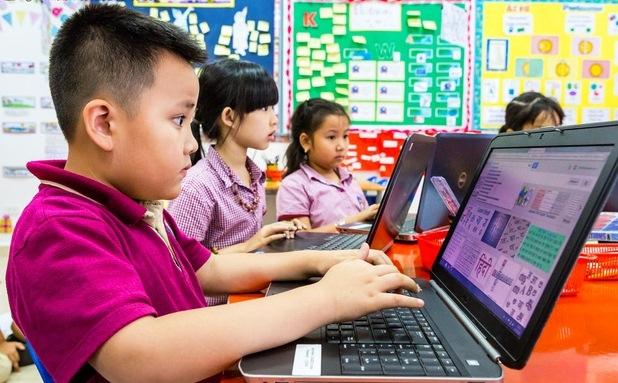 Tài liệu tuyên truyền bảo vệ  và hỗ trợ trẻ em tương tác lành mạnh, sáng tạo trên môi trường mạng