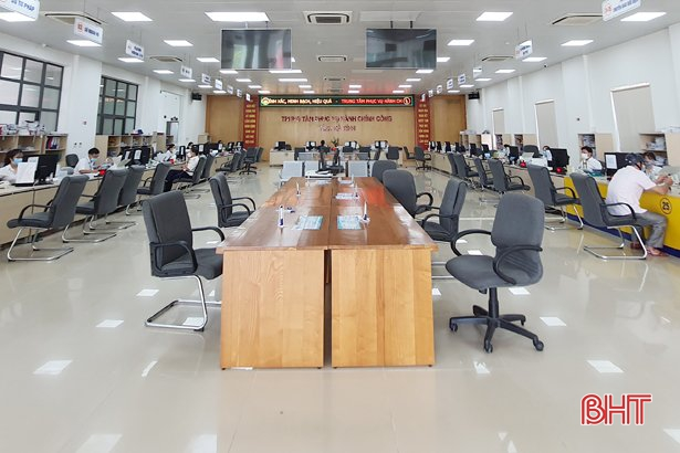 Hà Tĩnh: Thay đổi thói quen người dân trong giải quyết thủ tục hành chính để phòng dịch