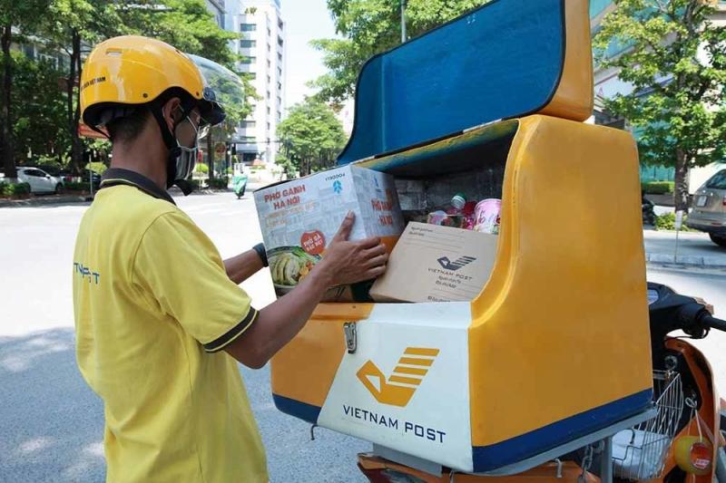 Chuyện nhân viên bưu chính cung ứng thực phẩm trong vùng...